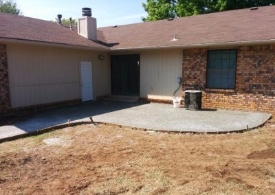 concrete pad and privacy fence by gorilla brothers (14)