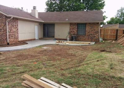 concrete pad and privacy fence by gorilla brothers (18)