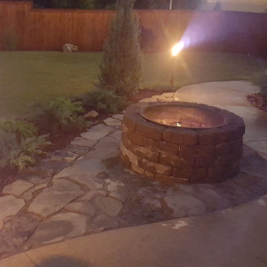 Fire pit outdoor lighting and landscaping & Fire Pit Lighting u0026 Landscaping - Gorilla Brothers Landscaping ...