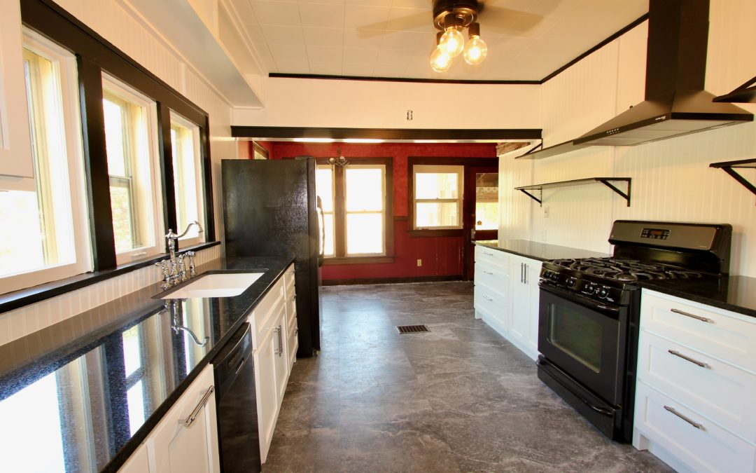 Classic Kitchen in Owen Park